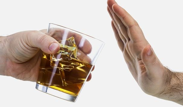 How to Help an Alcoholic Stop Drinking